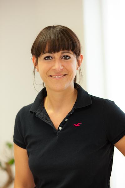 Ergotherapeutin Simone Haas in ihrer Praxis im Nestler Carrée